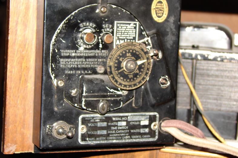 random radio image